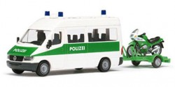 Mercedes Benz Sprinter Polizei mit Motorrad