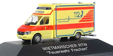mercedes benz sprinter rtw feuerwehr frechen rietze 61525 modellautos 1 87. Black Bedroom Furniture Sets. Home Design Ideas