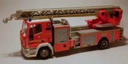 Iveco Magirus DLK M 32 L Feuerwehr Hamburg Barmbek