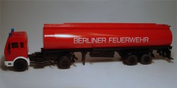 Mercedes Benz Tanksattelzug Feuerwehr Berlin