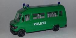 Mercedes Benz 207 D MTW Polizei