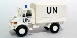 Mercedes Benz Unimog UN Bundeswehr Militärpolizei