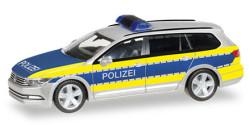 VW Passat Variant Polizei Niedersachsen