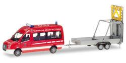 VW Crafter mit Verkehrssicherungsanhänger Feuerwehr Nittenau