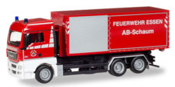 MAN TGX XLX WLF mit AB-Schaum Feuerwehr Essen